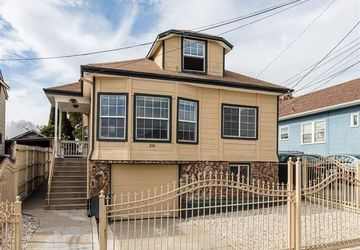 2161 48Th Ave OAKLAND, CA 94601