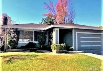2425 Janis Drive Calistoga, CA 94515