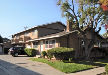 1732 Whitwood Ln Campbell, CA 95008