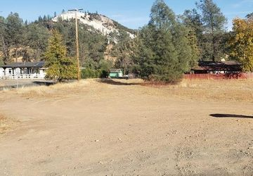 2656 Spring Valley Road Clearlake, CA 95423