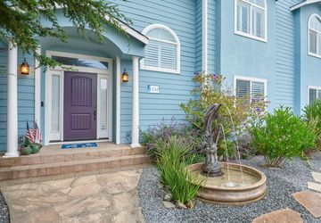 241 Cortez AVENUE HALF MOON BAY, CA 94019