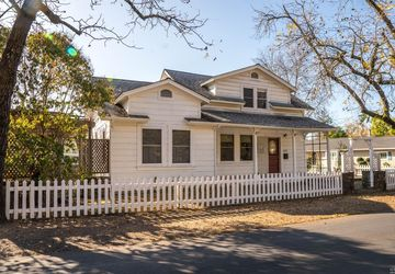 1821 Grant Street Calistoga, CA 94515