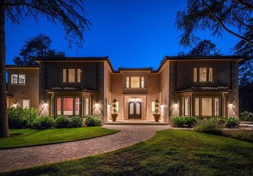 12501 Zappettini Ct Los Altos Hills, CA 94022