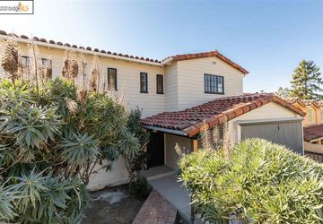 488 Spruce St Berkeley, CA 94708