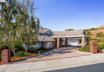 2528 Rutherford Ct Fremont, CA 94539