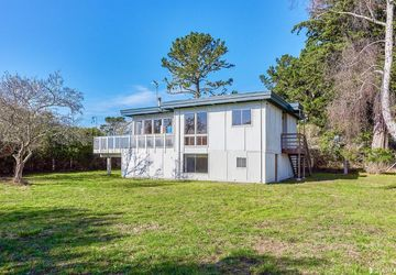 535 Overlook Drive Bolinas, CA 94924
