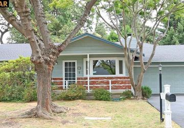 77 CHAUCER DR PLEASANT HILL, CA 94523