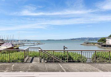 4 Anchor Drive, # f226 Emeryville, CA 94608