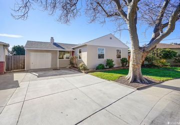 444 Via Coches San Lorenzo, CA 94580