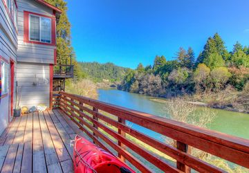 14615 River Road Guerneville, CA 95446
