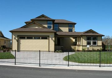 406 Grove Street Willits, CA 95490