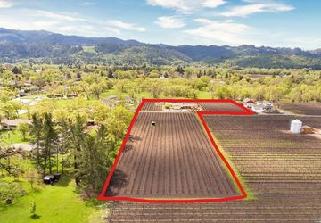 3009 West Money Lane Calistoga, CA 94515