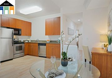 1121 40Th St # 4205 EMERYVILLE, CA 94608