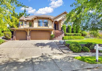 4738 Livingstone Place Santa Rosa, CA 95405