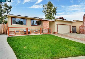 40 Woodcliff Ct OAKLAND, CA 94605