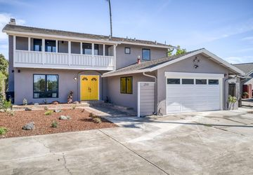 200 Stilt Ct Foster City, CA 94404