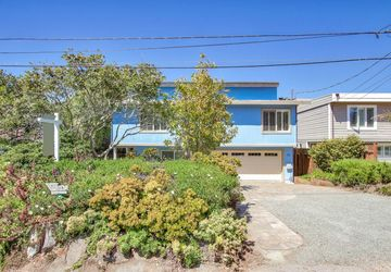 331 6th St Montara, CA 94037