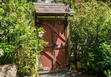 30 Rose Avenue Mill Valley, CA 94941