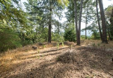 2 Maple Road Woodacre, CA 94973