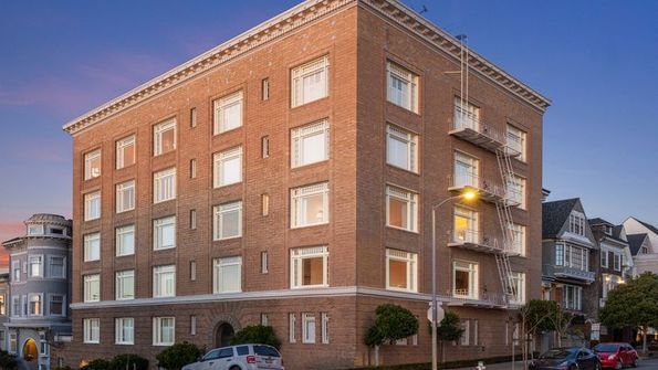 250 Laurel Street # 302 San Francisco, CA 94118