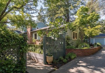 1047 South Fitch Mountain Road Healdsburg, CA 95448