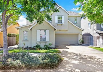 2542 Dakota Avenue Santa Rosa, CA 95403