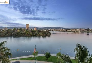 1 Lakeside Dr # 520 OAKLAND, CA 94612