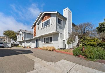 217 Clifton ROAD PACIFICA, CA 94044
