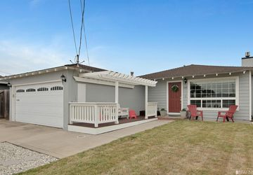 1167 Cervantes Way Pacifica, CA 94044