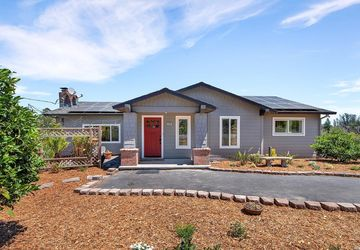 5495 Hutchinson Road Sebastopol, CA 95472