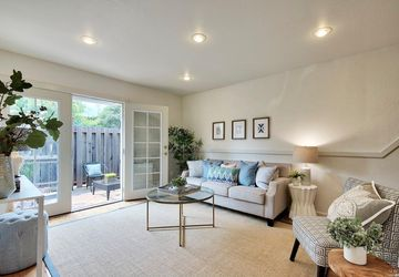 384 Pine Hill Road Mill Valley, CA 94941