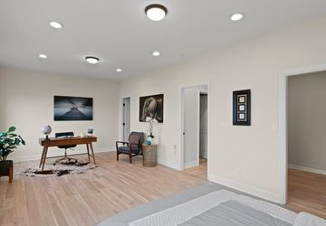 1074 Ingerson Ave San Francisco, CA 94124