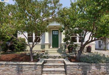 1025 Fair Oaks Ave ALAMEDA, CA 94501