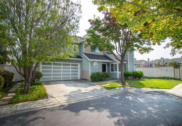 37 Williams Ln Foster City, CA 94404