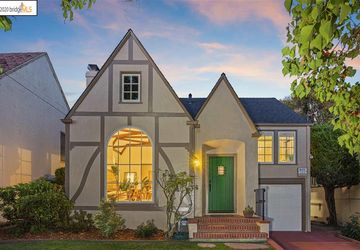 3808 Monterey Blvd OAKLAND, CA 94619