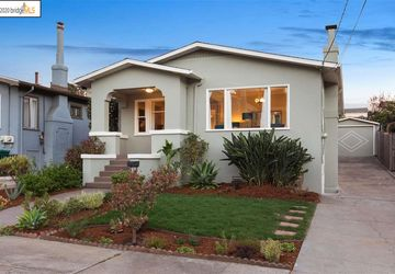 3414 Curran Way Oakland, CA 94602