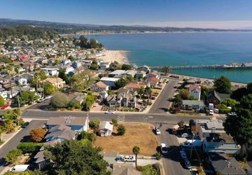 503 49th Ave Capitola, CA 95010