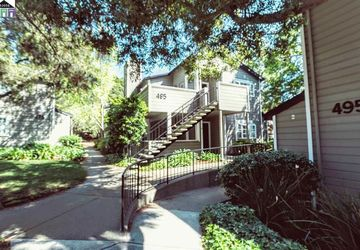 485 Canyon Oaks Drive # D OAKLAND, CA 94605