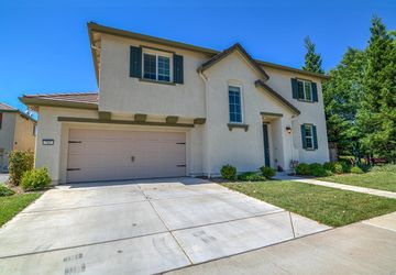 782 Equinox Loop Lincoln, CA 95648