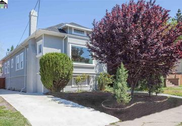 622 54th Street OAKLAND, CA 94609