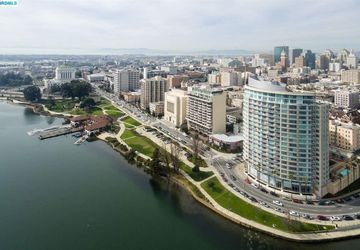 1 LAKESIDE DR DRIVE # 1610 OAKLAND, CA 94612