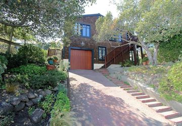 42 Loring Avenue Mill Valley, CA 94941