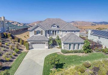 3406 Ashbourne Circle San Ramon, CA 94583