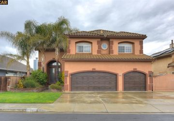 1857 Dolphin Pl Discovery Bay, CA 94505