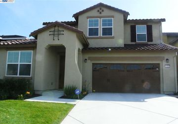 4508 Cabello Union City, CA 94587