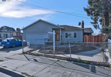 36613 Burdick Street Newark, CA 94560