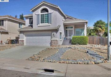 8225 Burloak Way Elk Grove, CA 95758