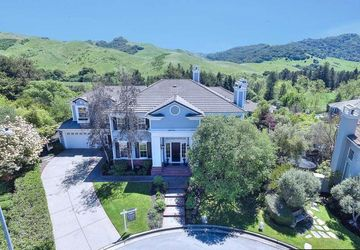 2180 Sky View Ct Moraga, CA 94556